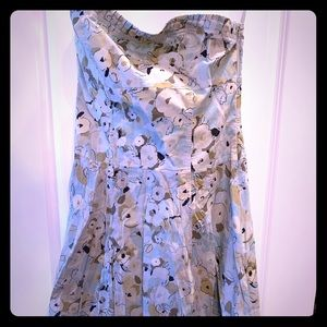 Express floral dress size 14very pretty blue color